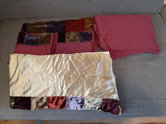 Queen Bedding Very Good Condition for Sale in Clackamas,  OR