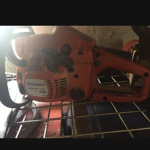Husqavama Chainsaw 235 for Sale in Stamford, CT