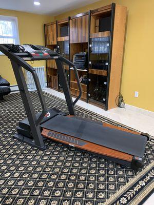 Treadmill- Healthrider s250i for Sale in Dix Hills, NY