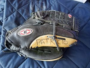 softball gloves for Sale in Chula Vista, CA