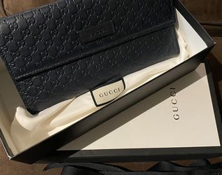 Gucci Microguccissima continental Wallet for Sale in Silver Spring,  MD