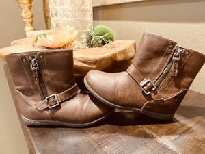 B.O.C - Adorable girl boots - size 11 for Sale in Ontario, CA