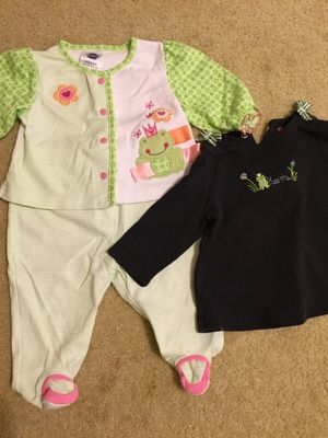 Cute 9-12 mo Frog Outfits for Sale in Litchfield Park, AZ