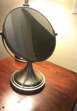 1x and 5x Makeup Mirror for Sale in Bronxville, NY