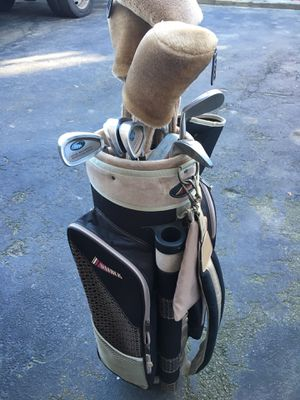 Kathy Whitworth women's golf clubs for Sale in Revere, MA