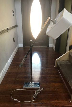 Lamp adjustable for Sale in Miami, FL