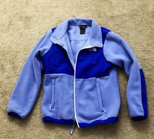 The North Face jacket women size S or girls size L for Sale in Alexandria, VA