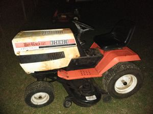 Lawn tractor for Sale in Lexington, SC