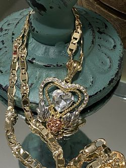 """Heart Pendant With Chain Necklace 20"""" 5mm for Sale in Nashville,  TN"""