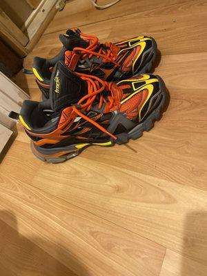 Balenciaga track runner 2 sz 10 for Sale in Oxon Hill, MD
