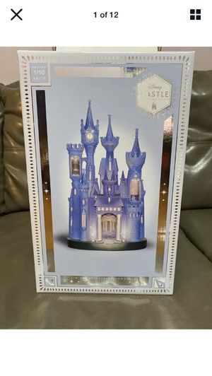Disney cinderella castle figurine with lights limited release for Sale in Queens, NY