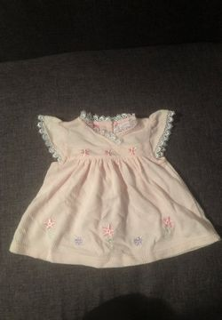 Little Lindsey Pink Dress - 0-6 Months for Sale in Autaugaville,  AL