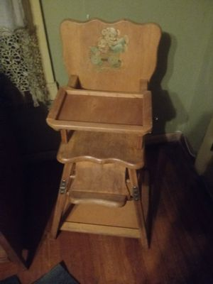 High chair,vintage for Sale in Fresno, CA