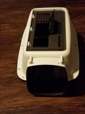Small Dog Crate Carrier for Sale in Houston, TX