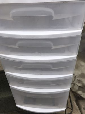 White plastic drawer for Sale in Los Angeles, CA