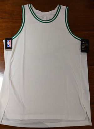 Nike Aeroswift Boston Celtics Blank Basketball Jersey Size XL for Sale in Los Angeles, CA