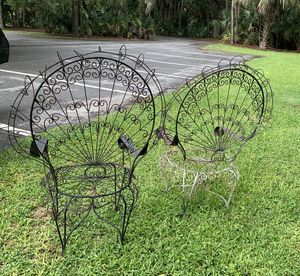 Vintage pair of salterini peacock iron chairs for Sale in Lakeland, FL