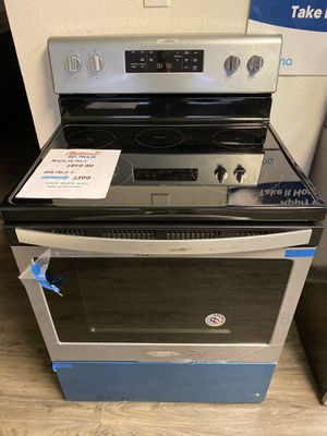 💣💣NEW WHIRLPOOL STAINLESS STEEL ELECTRIC RANGE ⚡️⚡️ for Sale in Tempe, AZ