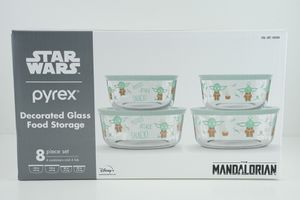 Star Wars The Mandalorian Disney Pyrex Baby Yoda Decorated Glass Food Storage 8 Piece Set (4 Containers and 4 Lids) for Sale in Alhambra, CA