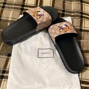 Gucci GG Supreme Slides Size 9 for Sale in Miami, FL