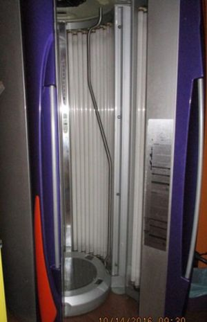 2007 Elite 756V stand up tanning bed for Sale in Alexandria, LA