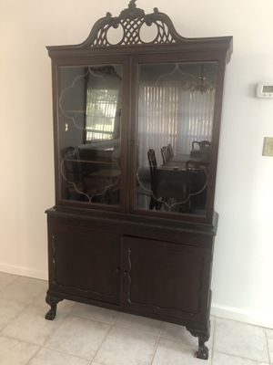 Antique China Cabinet for Sale in Manalapan Township, NJ
