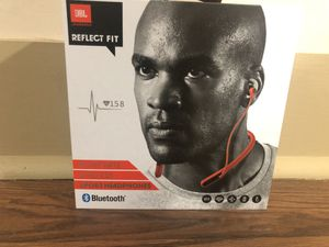 JBL Reflect Fit Wireless Sport Headphones for Sale in Carrollton, GA