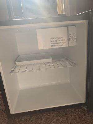 Sunbeam 1.7 cu ft mini refrigerator for Sale in Milton, FL