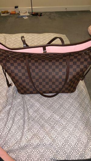 Louis Vuitton tote bag for Sale in Manassas, VA