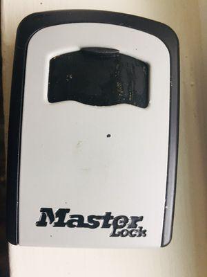 Master lock keys safe box for Sale in Alexandria, VA