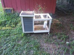Rabbit cage. Or guinea pig or chicken. for Sale in Forest Park, GA