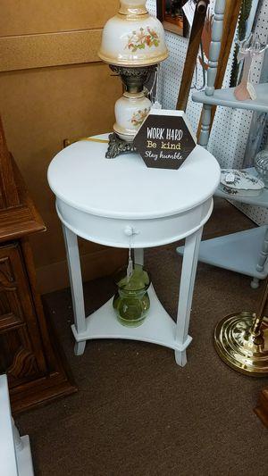 Round White Nightstand for Sale in Mesa, AZ