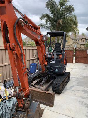 Kubota mini Excavator for Sale in Riverside, CA