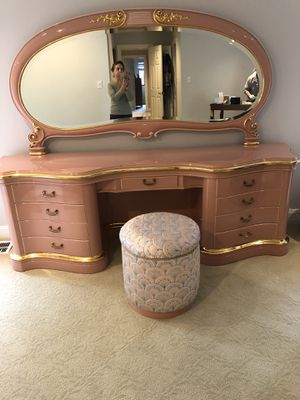 Italian lacquered bedroom set for Sale in Roslyn, NY