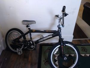 2 bicycles for Sale in Aliquippa, PA