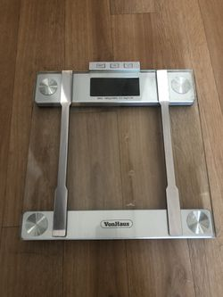 Vonhaus digital bathroom scale for Sale in Seattle,  WA