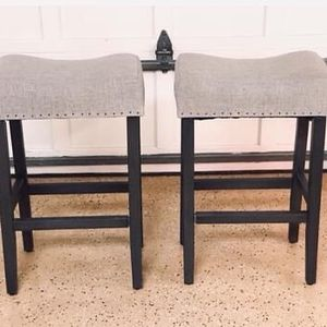 NEW Set of 2 Wayfair Gray Linen and Wood Stools (2 Total) for Sale in Potomac, MD