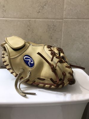 baseball glove catchers mitt rawlings 32.5 for Sale in Miami, FL