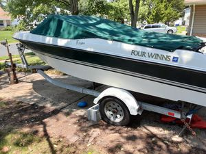Four winds boat for Sale in Saint Charles, MD