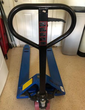 Pallet jack 5500lbs capacity little uses for Sale in Winter Garden, FL