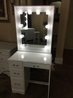Makeup Vanity 💄 for Sale in Pittsburg, CA