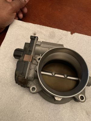 GMC ORIGINAL THROTTLE BODY for Sale in Cary, NC