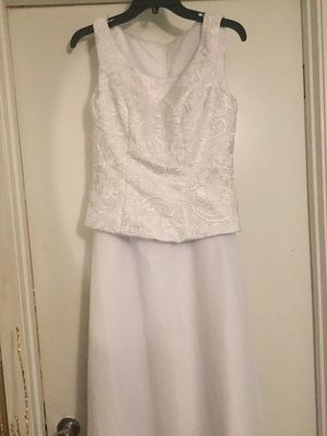 White wedding/formal dress for Sale in Marshall, TX