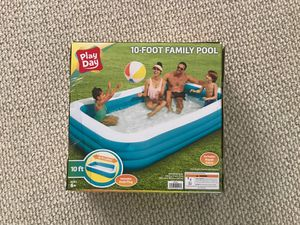 Play day 10 foot family pool for Sale in Norcross, GA