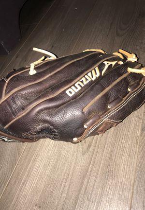 Brown softball glove for left hand for Sale in Virginia Beach, VA