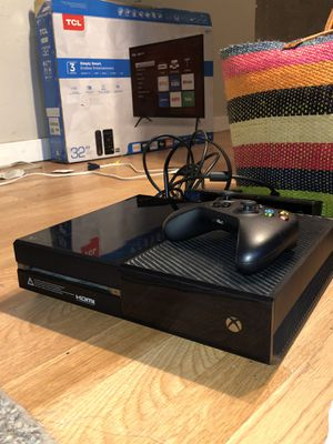 Xbox One 500 GB Kinect Bundle & More! for Sale in West Jordan, UT