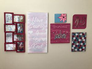 Collage wall art for girls' room for Sale in Gainesville, VA