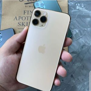 Unlocked iPhone 11 pro max for Sale in Addison, TX