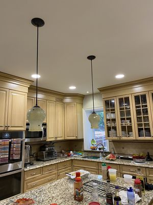 2 Wonderful Kitchen Island Light Fixtures for Sale in Brooklyn, NY