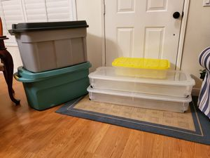 Storage containers with lids -Set of 5 for Sale in Corona, CA